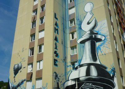Graffiti Street art   Le fou prend la tour, fresque réalisée par l'ensemble du collectif de la Maise sur la tour misaine à Aix les bains en 2015