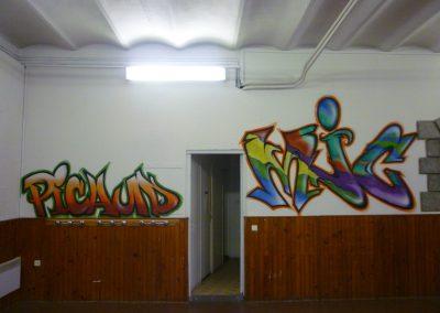 Graffiti Street art  Animation et décoration pour la MJC Picaud avec les jeunes du quartier de Cannes (06) en 2013