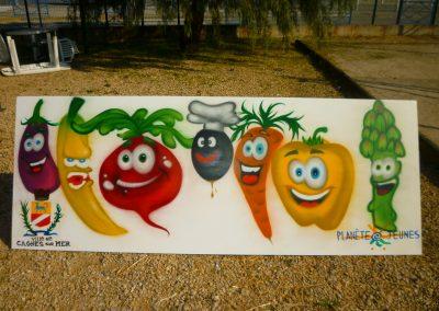 """Graffiti Street Art     Décoration avec le centre d'animation planète jeunes . Réalisation sur le thème, """"le pot'agé"""" en 2013 à Cagnes sur mer (06)"""