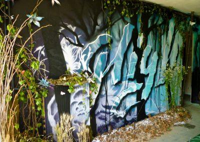 Graffiti Street art Exposition    Décoration murale de High à la bombe aérosol dans l'appartement du 11 ème étage de la tour Misaine