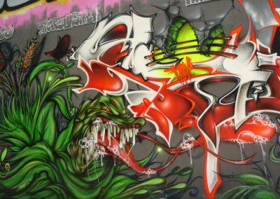 Graffiti Street art    Zert et Fans en 2007 à Cannes la bocca (06)