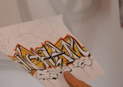 Graffiti Street Art     Esquisse sur papier ( Lettrage Hicham ) avant la réalisation sur mur à Vallauris en 2013