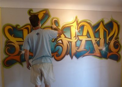 Graffiti Street Art     Zert en action en 2013 à Vallauris (06)