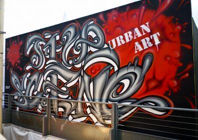 Graffiti Street Art    Décoration extérieur sur une façade en bois ( Lettrage The Scene ) participation pour le congrés Tax free sur la croisette à Cannes (06 ) en 2010