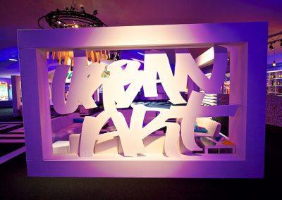 """Graffiti Street Art Lettrage en bois """"Urban Art"""" pour l'événement  ( The Scene ) participation pour le congrès Tax free sur la croisette à Cannes (06) en 2010"""