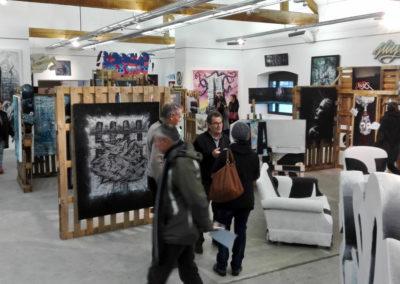 Vernissage pendant l'expo à la ferme de Bressieux en Savoie 73  Le collectif de la Maise  Graffiti Street art